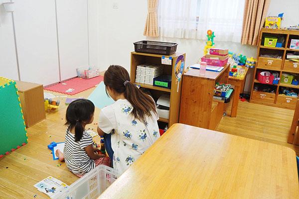 【六本木駅】定員60名の認可保育園★保育士さん大募集★