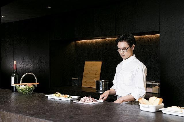 《新橋駅》ホテルでのホール&キッチン募集♪♪