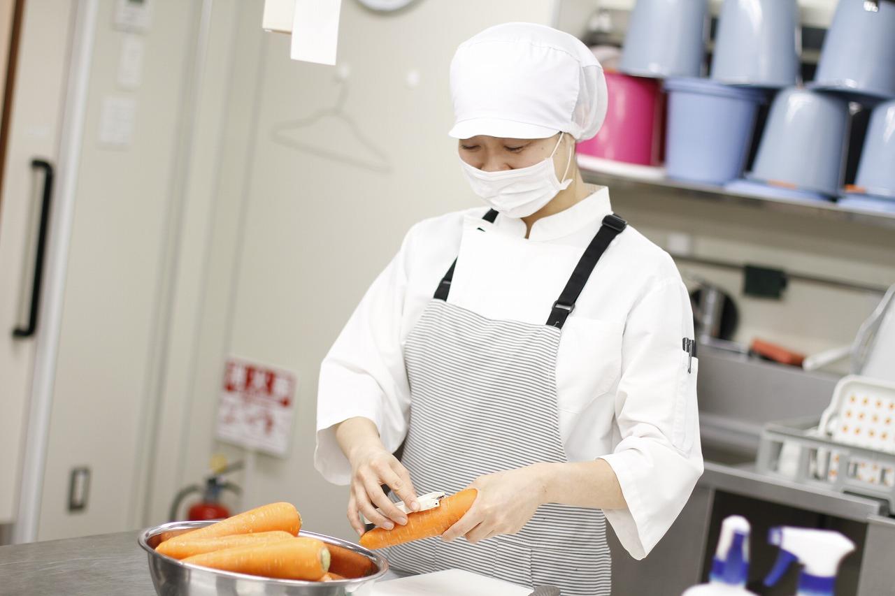 【武蔵小金井駅】人気の保育園調理スタッフ★かわいいお子さまに囲まれながら働きませんか?