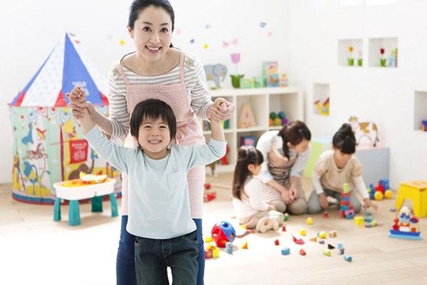 【施設名:西宮市立津門留守家庭児童育成センター(施設長)】
